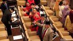 Baru Dilantik, Para Anggota DPR Ini Semringah Banget