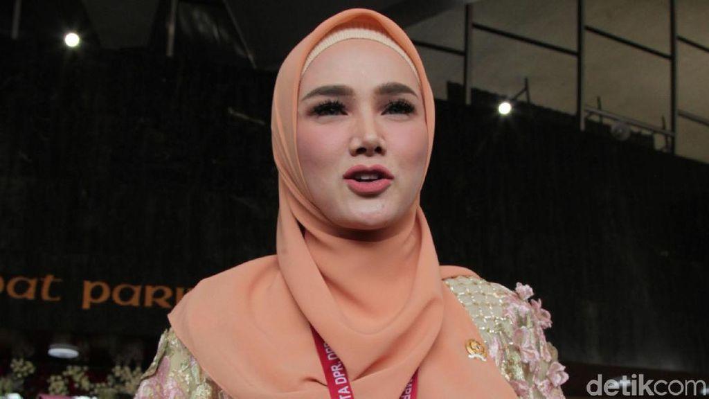 Pengacara Tepis Staf Jokowi: Pemanggilan Mulan Harus Izin Presiden!