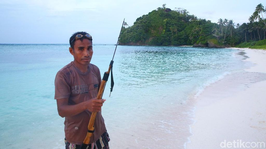 Bajubi, Free Diving dari Pulau Terdepan Indonesia
