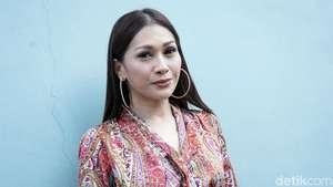 Ini Dia Aksi Tata ex Mahadewi Saat Bersolo Karir