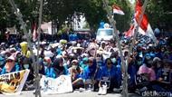 Mahasiswa Se-Palu Demo ke DPRD, Minta Jokowi Copot Wiranto dan Kapolri