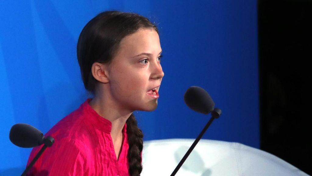 Hina Aktivis Greta Thunberg, Pelatih Klub Serie D Dipecat