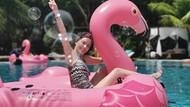 Pesona Artis 51 Tahun yang Dilarang Putranya Pakai Bikini di Pantai