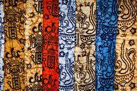 Batik modern khas Bali.