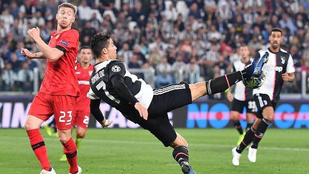 Top Skor Liga Champions: Gnabry Ungguli Ronaldo dan Messi