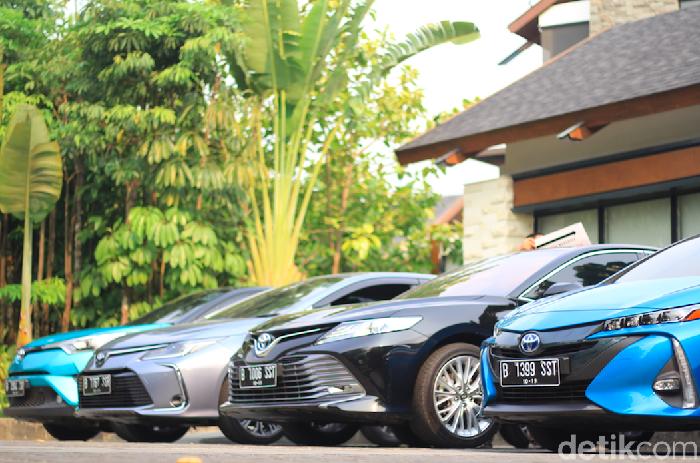 Mobil-mobil elektrifikasi Toyota di Bogor, Jawa Barat.