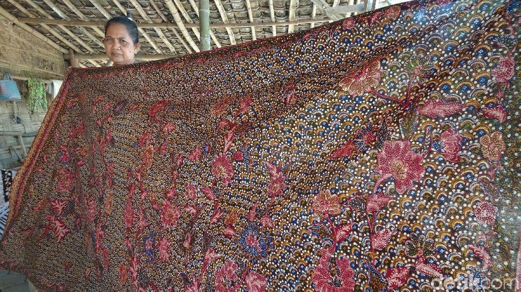 Jokowi Ingin Mulok Batik di Sekolah, Mendikbud: Tidak Semua Daerah