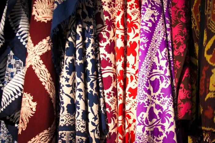 Batik modern asli Nusantara. Foto: iStock