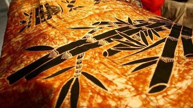 Hari Batik, Ini Jenis & Macam Batik Indonesia yang Fenomenal!