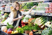 Ini Sebabnya Sayuran di Supermarket Sering Disemprot Air