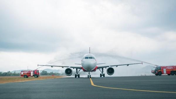 Wakil Ketua AirAsia X, Lim Kian Onn, menyatakan perusahaan telah menghapus bukukan 49 persen sahamnya di Thai AirAsia X. AirAsia X merupakan penerbangan jarak jauh untuk regional Asia. Dok. AirAsia