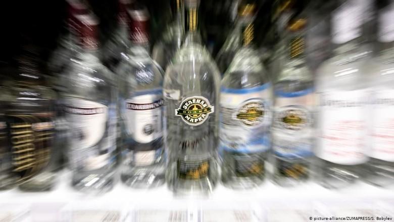 WHO: Konsumsi Alkohol di Rusia Turun 40%