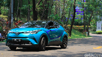 Toyota: Indonesia Harus Punya Mobil Hybrid di Bawah Rp 500 Juta