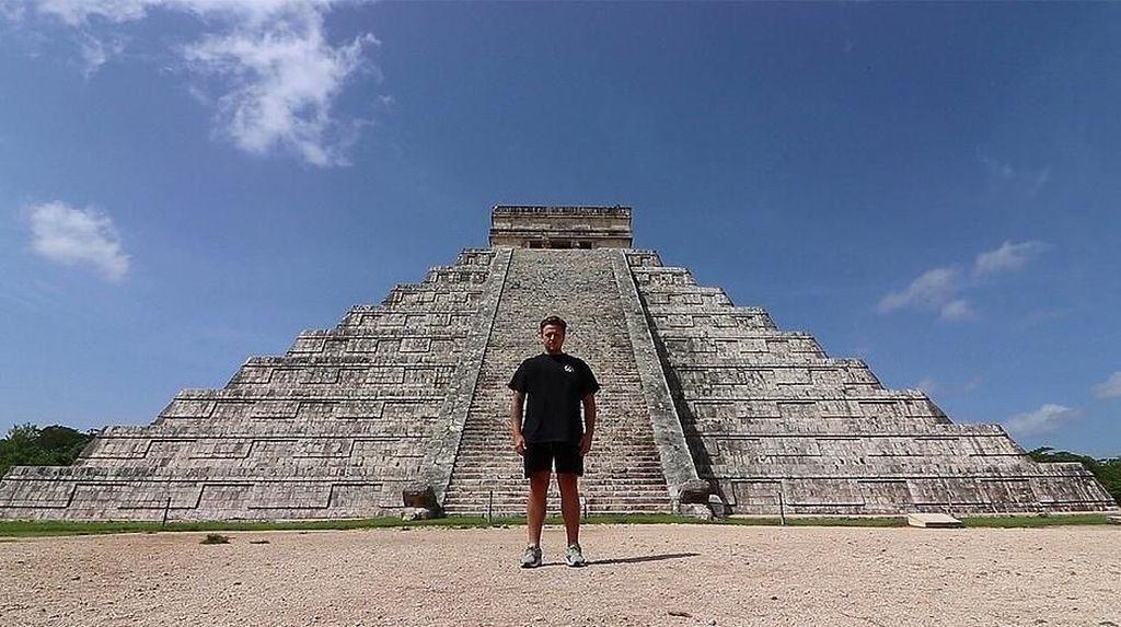 Foto: Mengunjungi 7 Keajaiban Dunia dalam 7 Hari