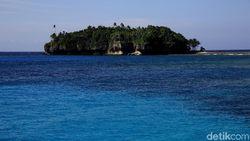Tempat Keramat & Benteng Pertahanan Leluhur di Pulau Menangis