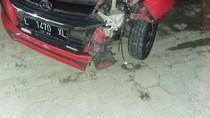 Mobil Tabrak Motor di Lampu Merah Ngawi, Satu Orang Tewas