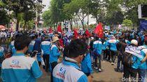 Akses ke Belakang DPR Ditutup, Massa Buruh Ancam Aksi di Jalan Tol