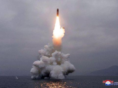 Korut klaim sukses uji coba rudal balistik yang diluncurkan dari kapal selam