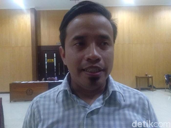 Peneliti Pukat UGM, Zaenur Rohman, Kamis (3/10/2019).