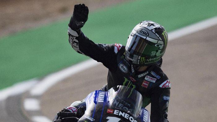 Setelah crash di lap terakhir, Maverick Vinales mencoba bangkit di MotoGP Malaysia (Mirco Lazzari gp / Getty Images)