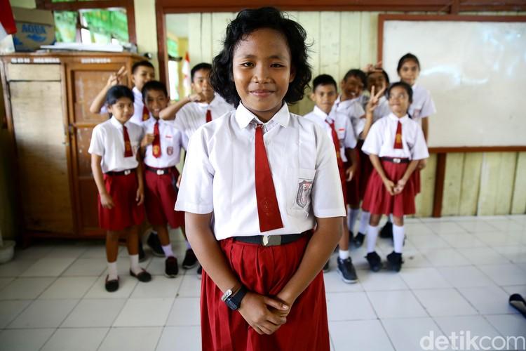 Di Pulau Miangas, perbedaan bukan lagi hal yang tabu dan aneh. Di pulau paling utara di Indonesia ini, keberagaman dan toleransi adalah laku hidup yang tak perlu diglorifikasi.