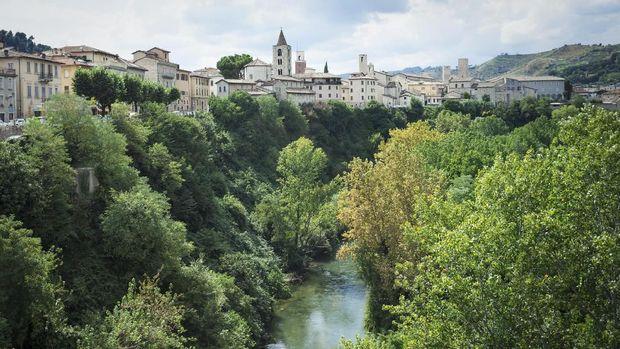5 Kota di Italia yang Belum 'Terendus' Turis