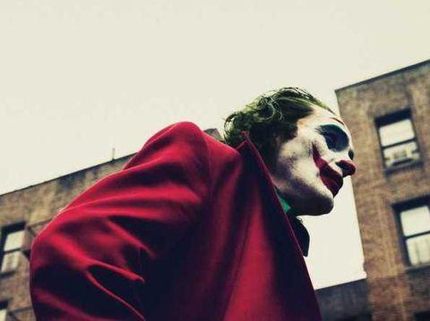Usaha-usaha Joaquin Phoenix Perankan Arthur Flecks di 'Joker'
