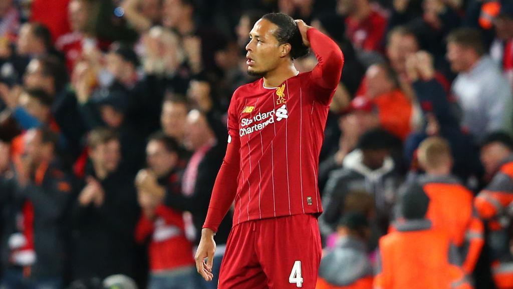 Van Dijk Absen di Latihan Terakhir Liverpool, Bisa Main Lawan Man City?