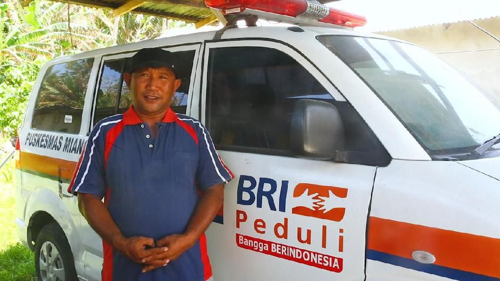 Bukan Cuma Buat Pasien, Ambulans Miangas Jadi Mobil Jemput Pejabat
