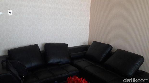 Ruang kerja anggota DPR Fraksi Golkar, Puteri Komarudin.