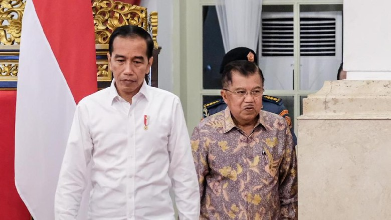 Menteri-menteri Foto Bareng Jokowi-JK Usai Sidang Paripurna Terakhir