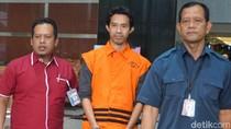 KPK Tahan 3 Tersangka Kasus Pajak Dealer Jaguar-Bentley