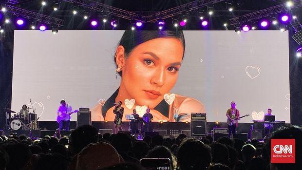 Menggalau Kembali Bersama Raisa di Synchronize Fest 2019