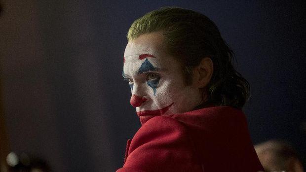 Joaquin Phoenix 'Joker' Raih Aktor Terbaik Golden Globe 2020