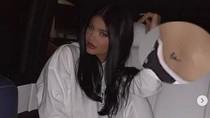 Bantah CLBK, Kylie Jenner Pamer Tato Tyga