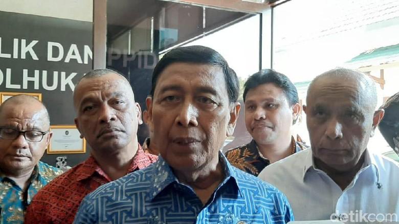 Densus 88 Antiteror Ikut Periksa Penusuk Menko Polhukam Wiranto