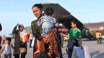 Momen Korban Konflik Wamena Tiba di Kampung Halaman