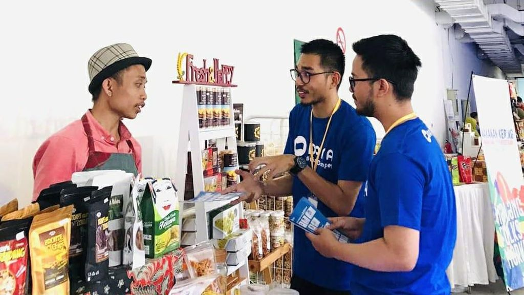 Kenalkan Layanan, DANA Unjuk Gigi di Malang Folks Market