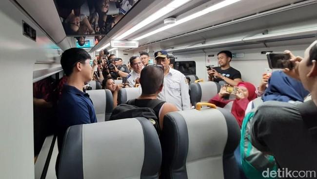 Yuk Naik Kereta Bandara Manggarai-Soetta Tiketnya Rp 40.000