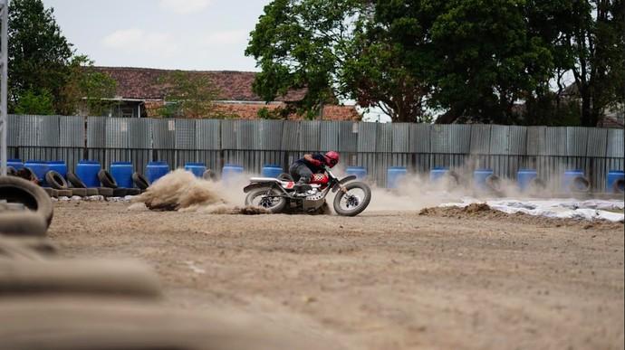 Motor Modif Flat Track Race Ini Disapa Otoseno