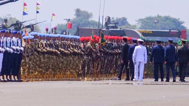 Jokowi memberikan apresiasi tinggi kepada TNI.