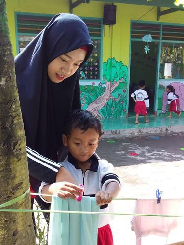 Cerita Perjuangan Guru TK Viral, Profesinya Diremehkan Cuma Ajarkan Nyanyi