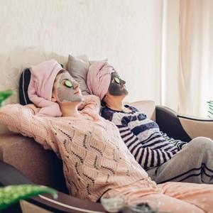 8 Masker untuk Jerawat yang Bisa Dibuat Sendiri di Rumah