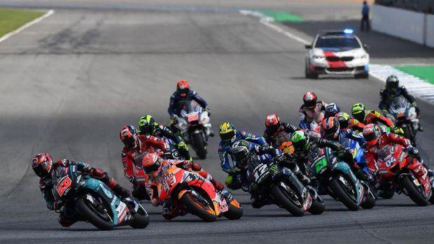 Marc Marquez mengalahkan Fabio Quartararo di MotoGP Thailand 2019.