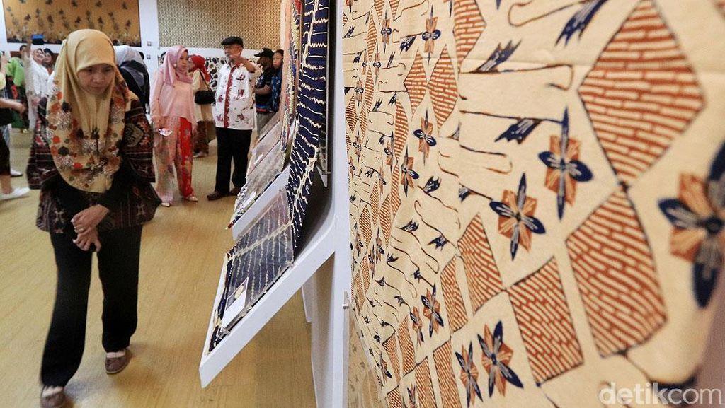 Lestarikan Batik Jawa Barat Melalui Pameran