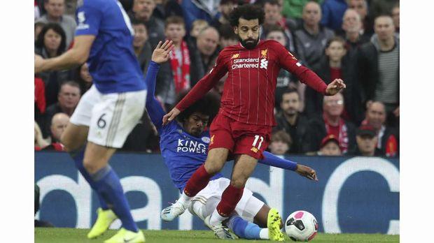 Mohamed Salah mengalami cedera pada laga lawan Leicester.