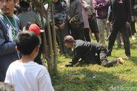 Jaga Sumber Air, Warga Bandung Barat Gelar Ritual