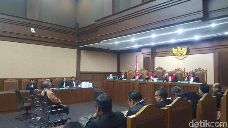 Jaksa KPK Bacakan 647 Halaman Surat Tuntutan Sofyan Basir