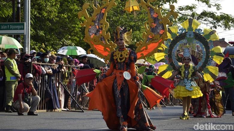 Potret Kemeriahan Pekalongan Batik Carnival