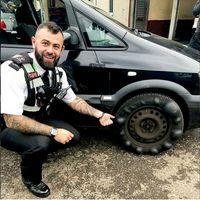 Ngilu, Ban Banyak Benjolan, Pengemudi Mobil Disetop Polisi